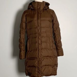 LANDS' END- Hooded Down Puffer Coat. Size Medium